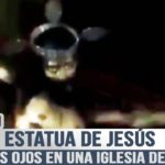 Misteriosa estatua de Jesús que cierra los ojos